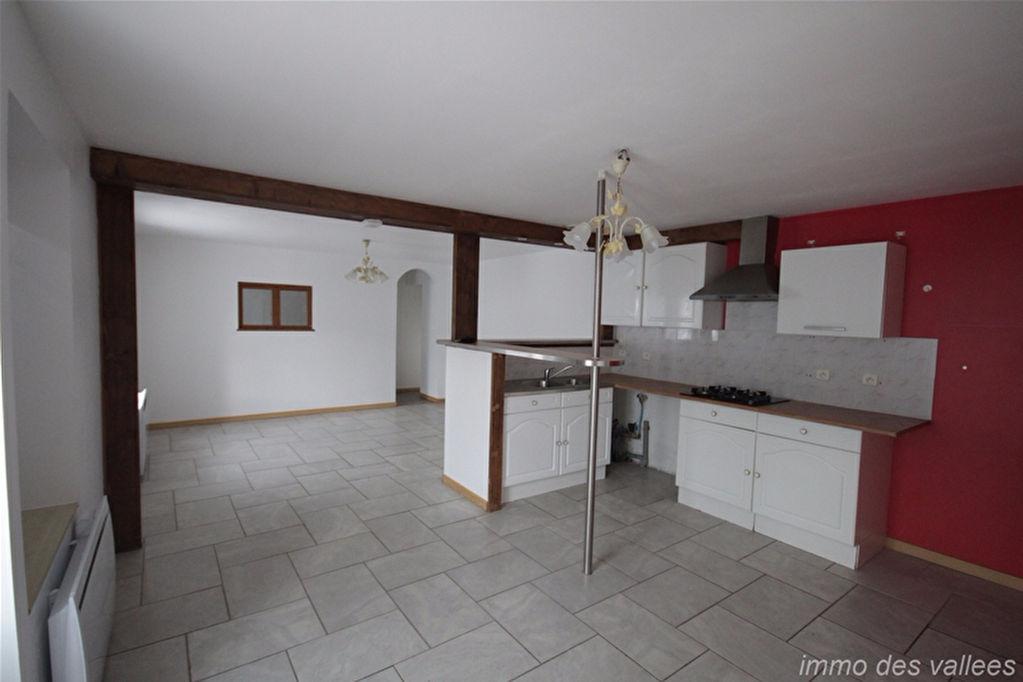 Appartement Saulxures Sur Moselotte 3 pièces 63.7 m2