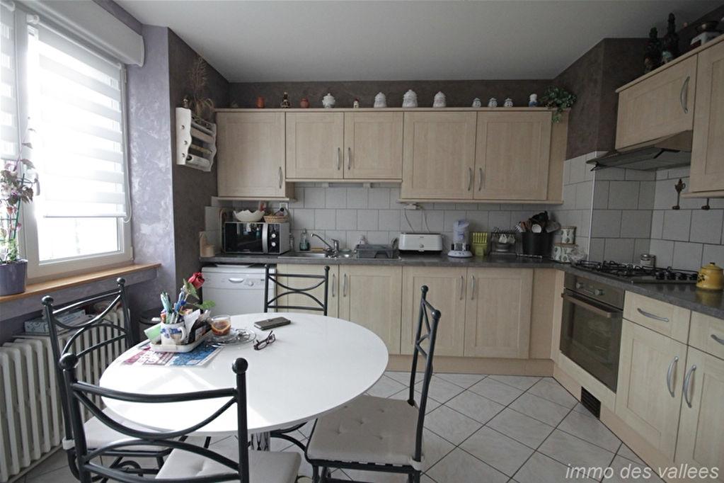 Proche Vagney Appartement 4 pièces 110 m²