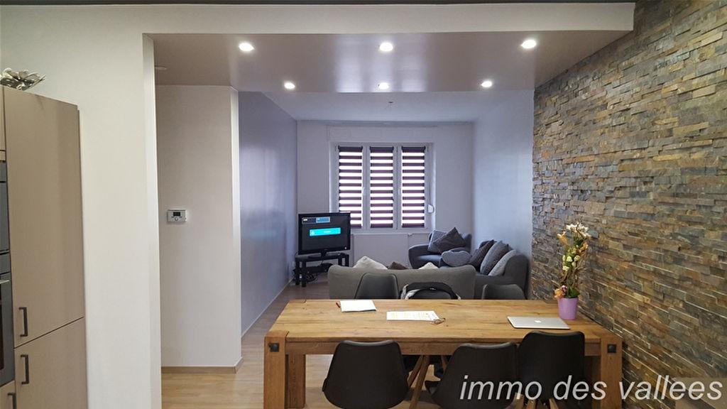 Appartement à vendre au centre ville de Gérardmer 3 pièces 75 m² parking