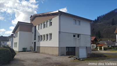 LA BRESSE Centre - Possibilité 2 appartements + Garage